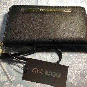 NWT Steve Madden Wallet Black